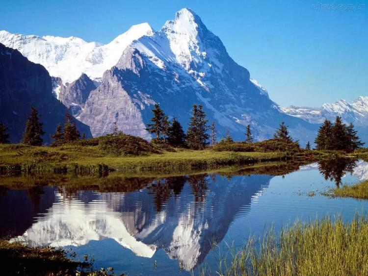 Suíça é um dos destinos mais baratos e seguros para viajar sozinha
