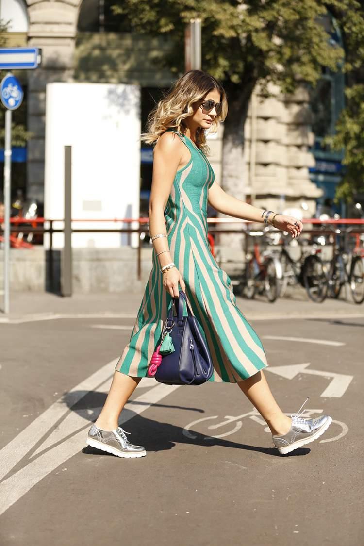 Oxford metalizado com sola tratorada + vestido entre as tendências da moda outono/inverno 2017