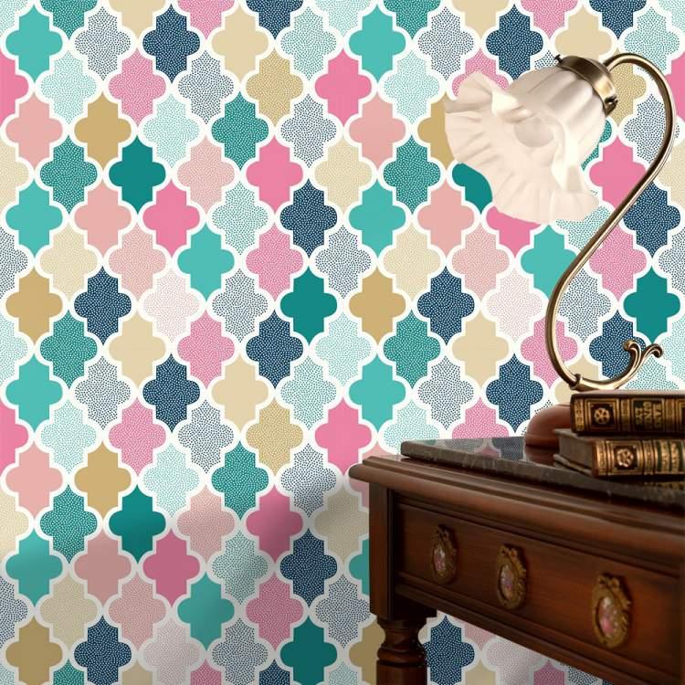 Decoração com papel de parede colorido