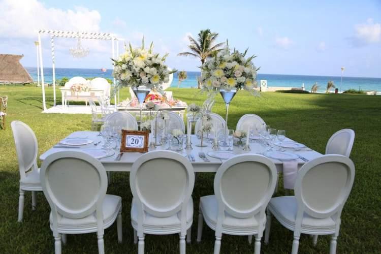 Decoração para festa de casamento na praia