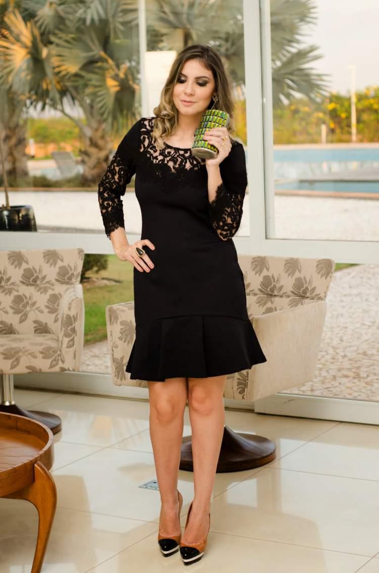 vestido preto cai bem em qualquer mulher