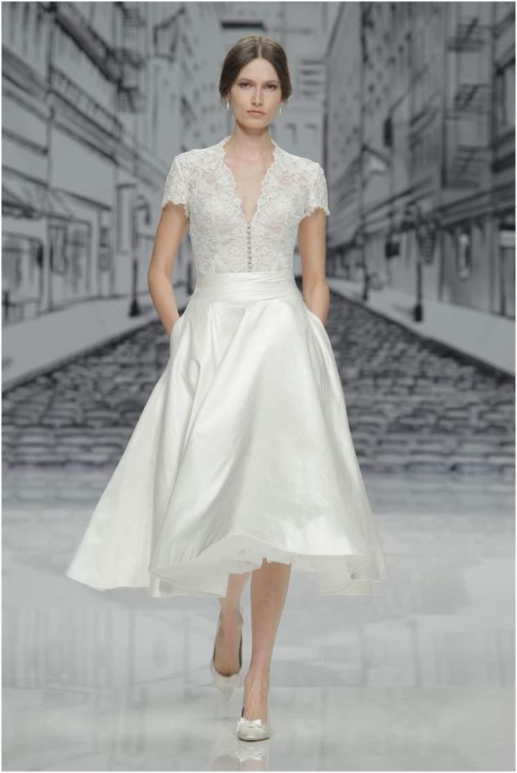 Decote no Vestido de Noiva para Casamento no Civil em 2017
