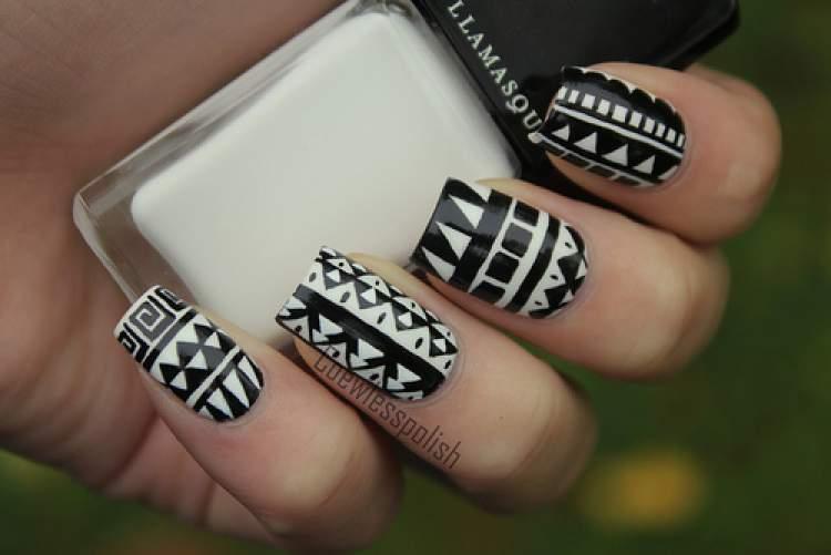 Dicas para decorar unhas com formas geométricas