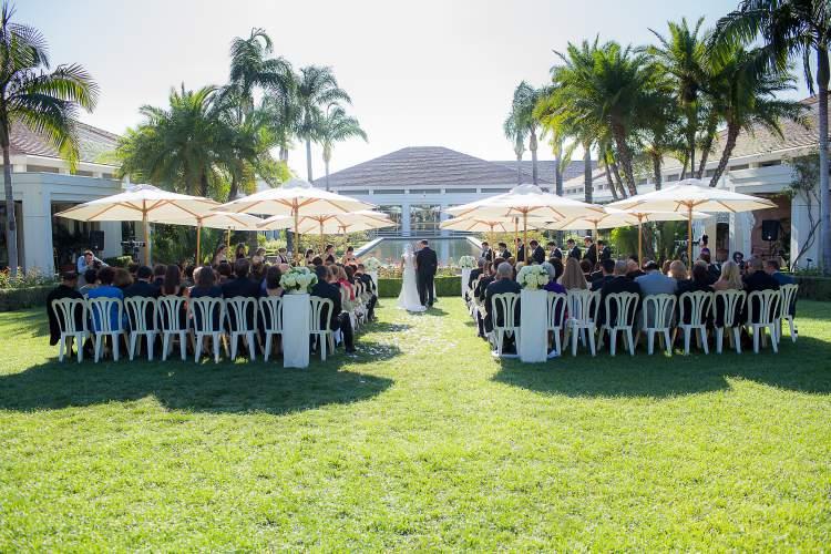 Veja os cuidados com convidados que você deve ter em um casamento ao ar livre