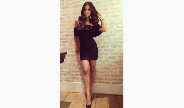 Look da Mariana Rios no estilo mulher fatal