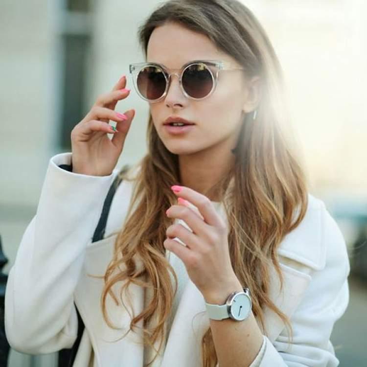 Máxi Óculos Gatinho é uma das principais tendências de acessórios para 2018