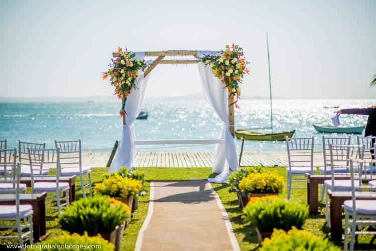 Melhores Flores Para Casamento na Praia: Lírios