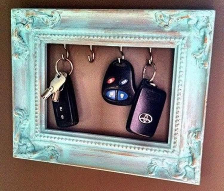 Chaveiro é uma das ideias de decoração para fazer em casa gastando pouco