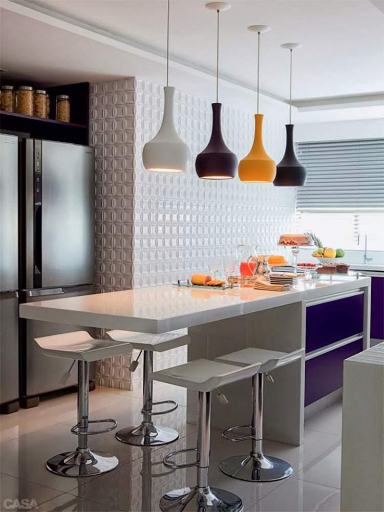 Pendentes ajudam a melhorar a iluminação na cozinha