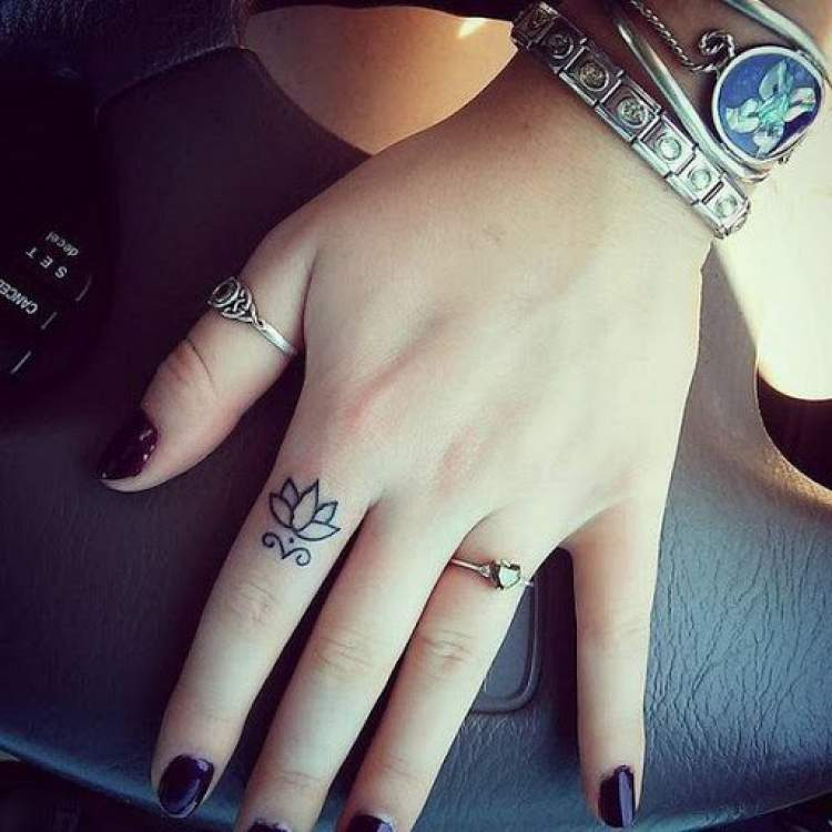 Tatuagem delicada muito fofa