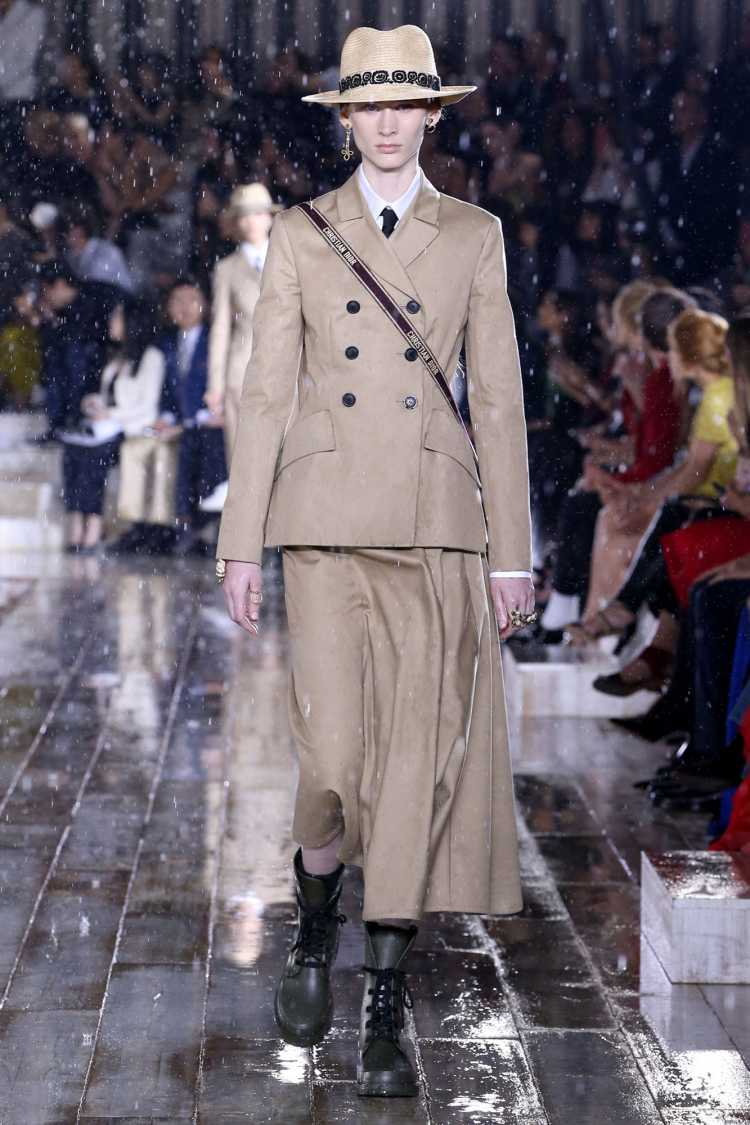 Alfaiataria entre as tendências Dior Cruise 2019