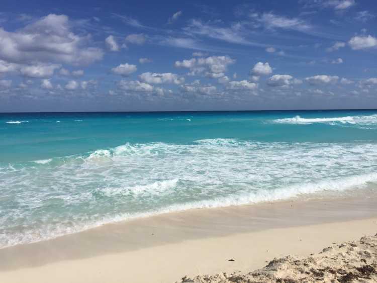 Cancun (México) é um dos destinos deslumbrantes e não tão caros para passar a lua de mel