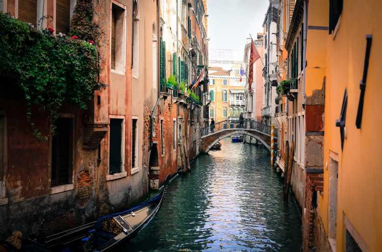 Itália é um dos destinos deslumbrantes e não tão caros para passar a lua de mel