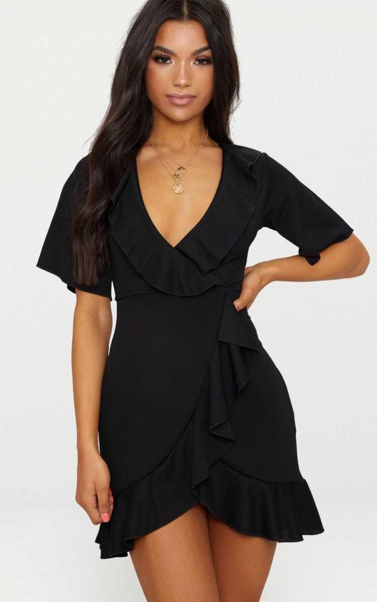Wrap Dress é um dos itens da moda verão 2019 para você colocar na lista de desejos