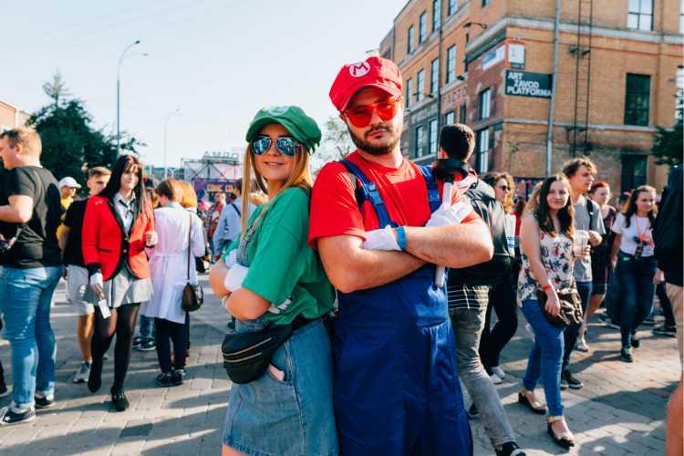 Mario e Luigi são uma das fantasia de carnaval 2019