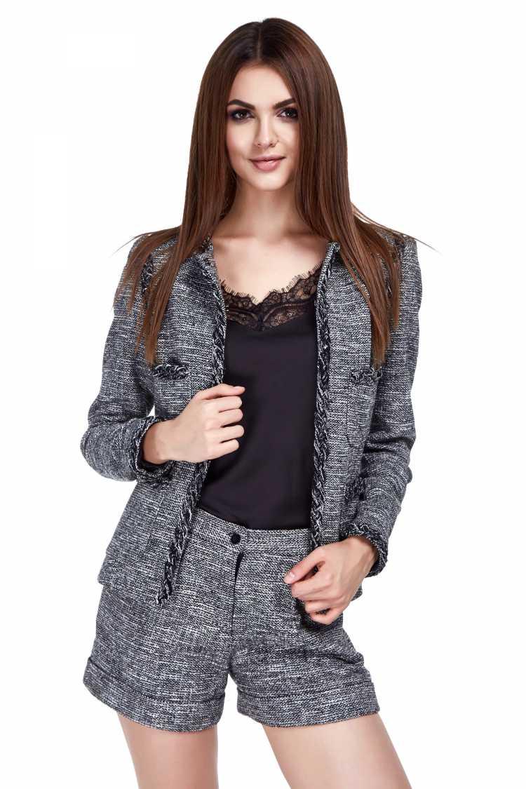 blazer e short de alfaiataria preto e branco