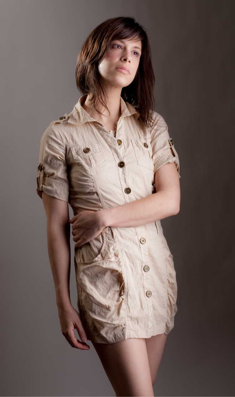 vestido de botões na frente curto marrom