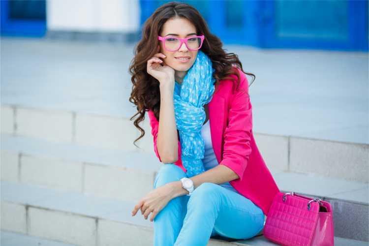 Looks com Mix de Cores com rosa e azul