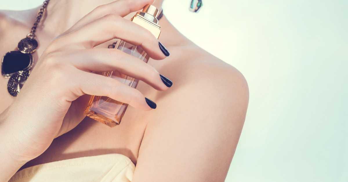 Quer andar como uma celebridade? Que tal começar pelas fragrâncias? Descubra quais são os perfumes que as famosas mais usam.