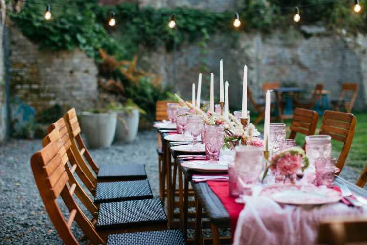 Mesas de casamento com decoração simples