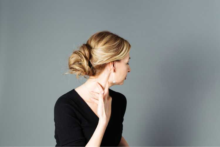 Penteados para mãe da noiva coque