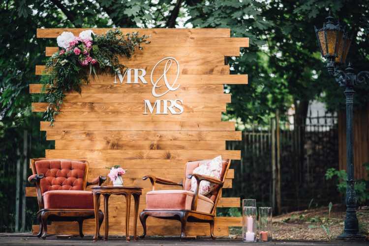 sofás na decoração de casamento
