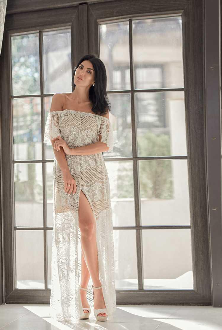 vestido de renda artesanal