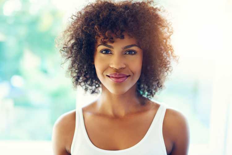 cabelo curto para quem tem cabelo afro