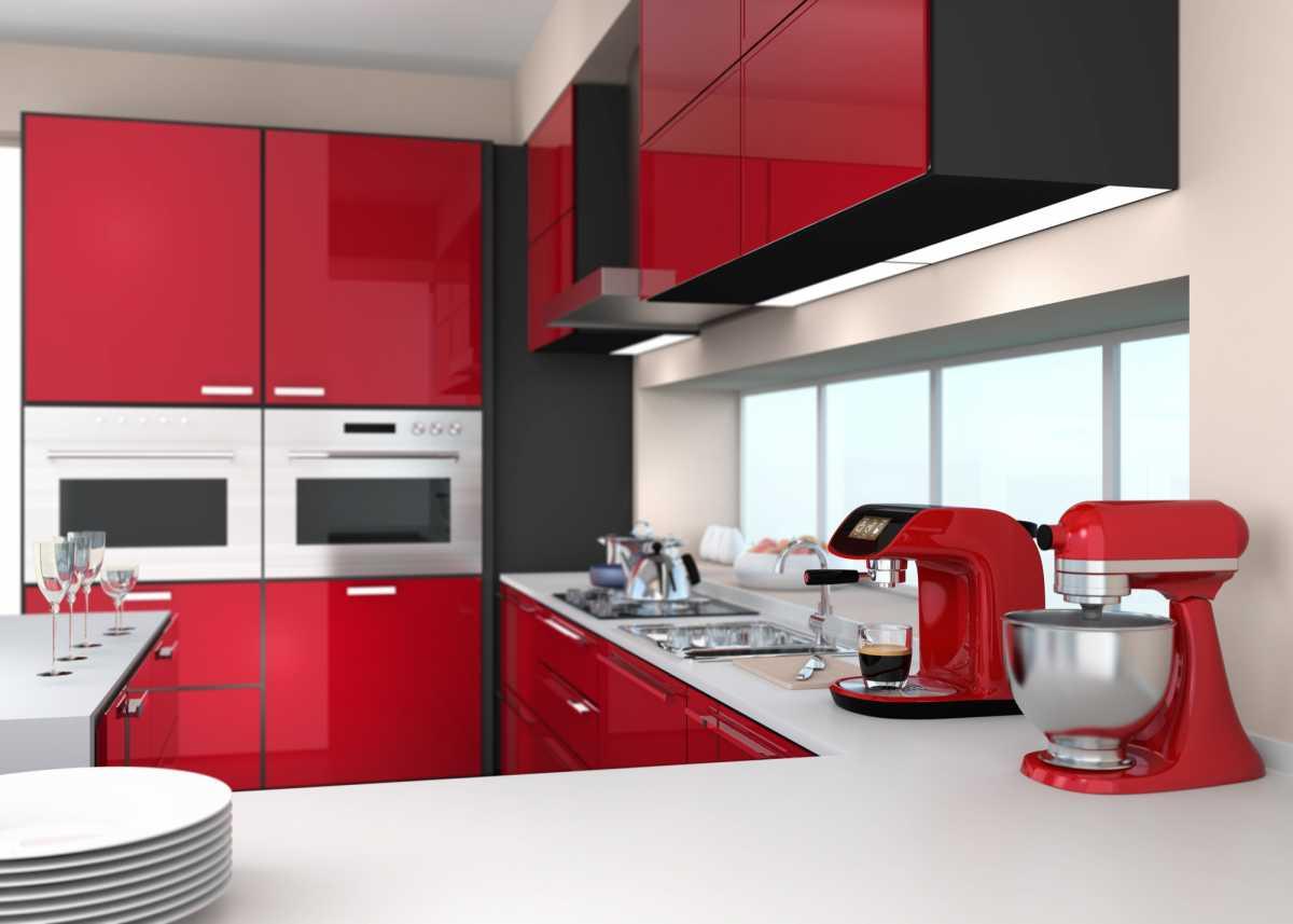 Cozinha moderna com eletrodomésticos estilo retrô