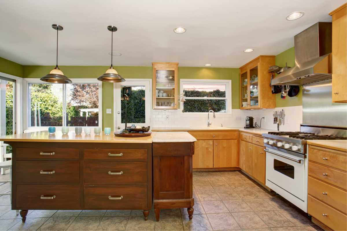 Cozinha moderna em estilo rústico