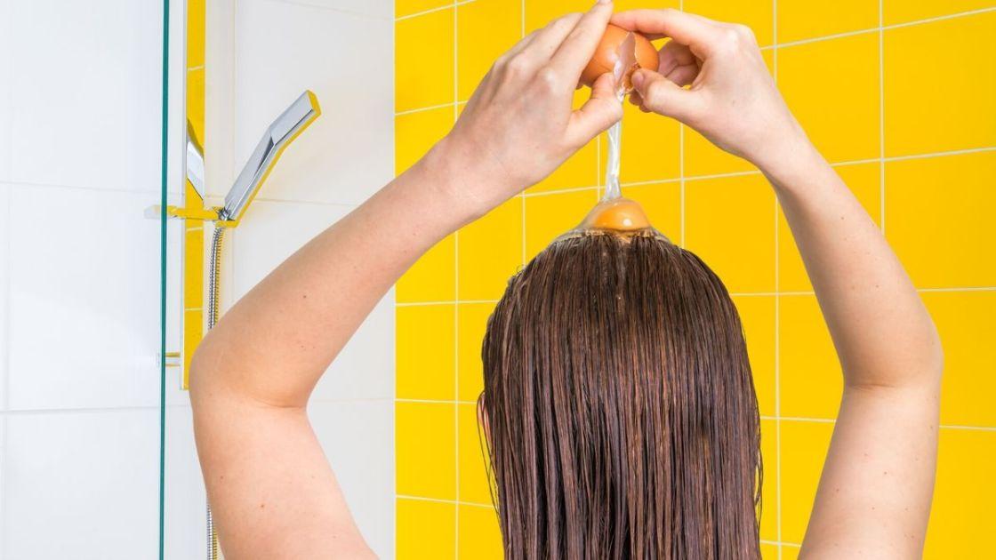 Hidratação com ovo e maionese: receitas para dar vida ao cabelo
