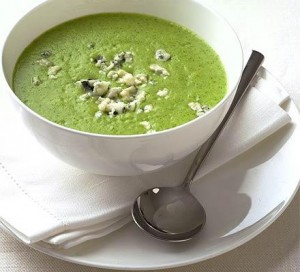 supe me brokoli dhe gorgonzola