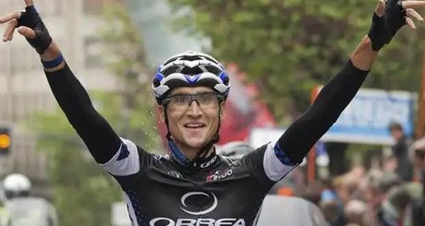Muere atropellado un ciclista español