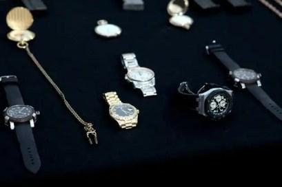 Los accesorios de lujo decomisados a 'El Coss'