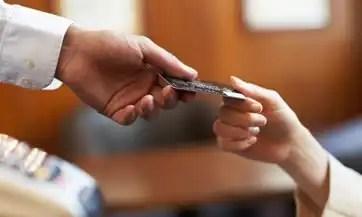 Conoce los sitios donde no debes usar la tarjeta de crédito
