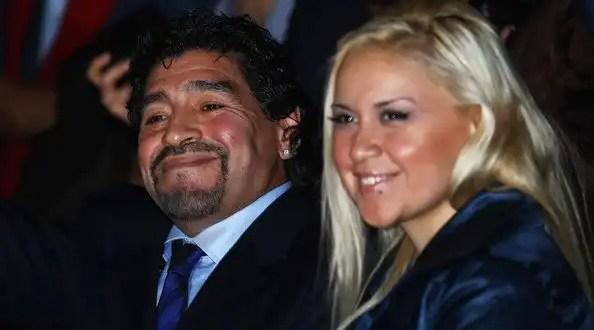 Diego Maradona y su novia serán padres
