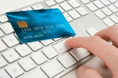 Tarjeta de crédito vs. tarjeta de débito ¿Cuál es la mejor opción?