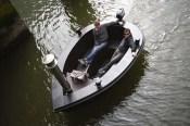 Fotos del excéntrico bote-jacuzzi