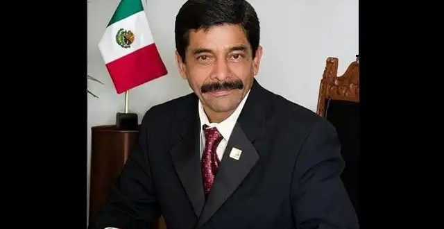 Video: El narco amenaza al alcalde de Teloloapan
