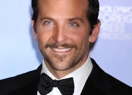 Video: El actor Bradley Cooper tiene cinco pezones