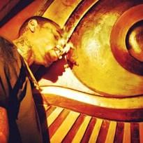 Polémicas fotos de Chris Brown fumando marihuana
