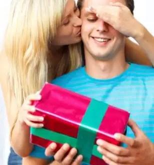 Regalos de navidad que debes evitar para tu chico