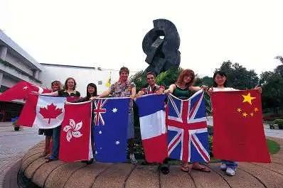 Los beneficios de estudiar en el extranjero