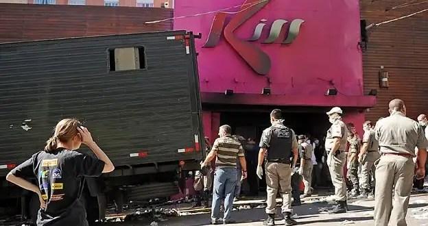 La causa oficial del incendio en la discoteca Kiss de Brasil