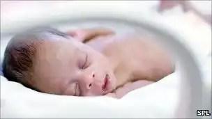 Cómo afecta la contaminación a los recién nacidos