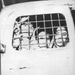 Tres hermanas detenidas