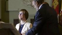 España: asume la primera concejala con síndrome de Down