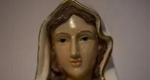 """Curiosidades: Estatua de la Virgen María """"llora"""" en Israel - Fotos y Vídeo"""