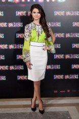 Los atrevidos vestidos de Selena Gomez 8