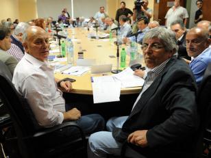 """CGT dice que """"no participará"""" de la movilización de la CTA"""